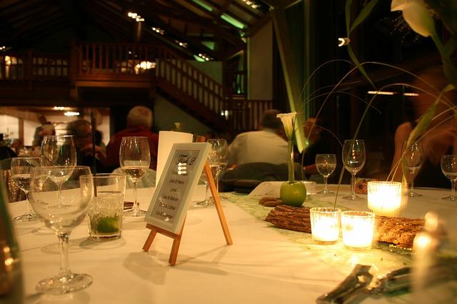 restaurant-436407_640